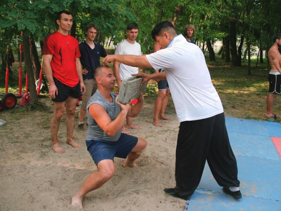 семинар по китайской борьбе шуайцзяо, Киев, Ван Тунчин